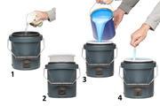 Eerst 180 ml (warm water), dan inzetvaatje, dan verf, dan instellen en roeren.
